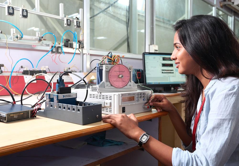 SRM University Lab 7