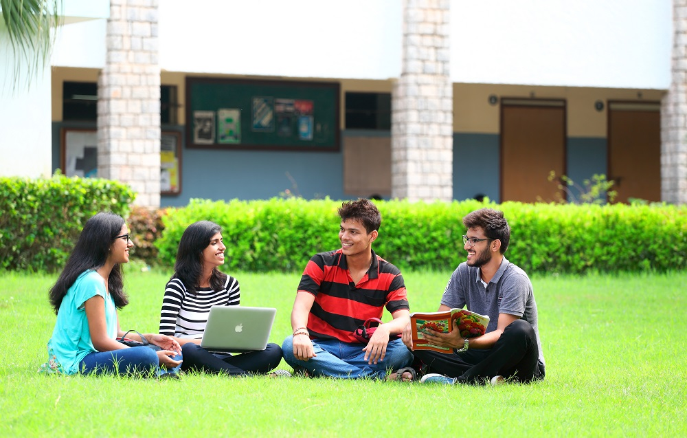 SRM University Student 7