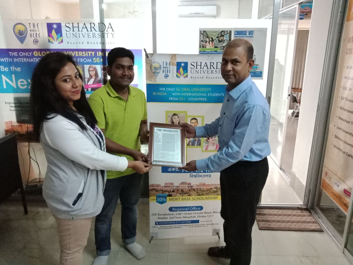 Sharda Alumni Takes appreciation from BD office