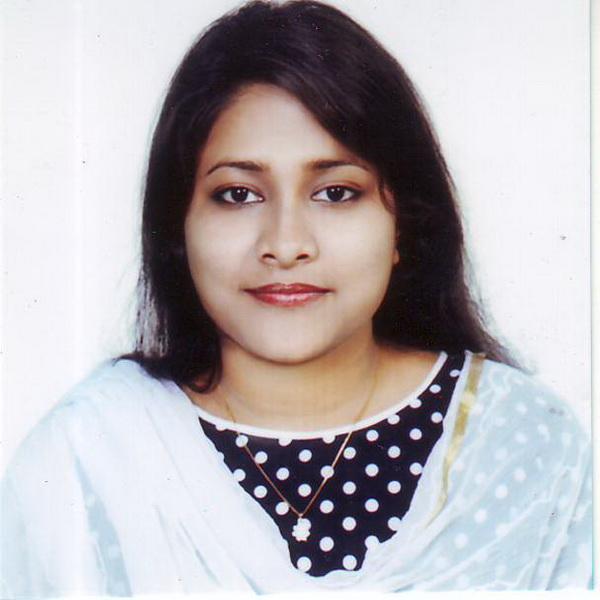 Mou Dutta studying at NSHM Kolkata
